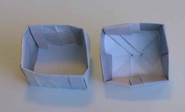 Handled box.  Inside view.  Shallow version.